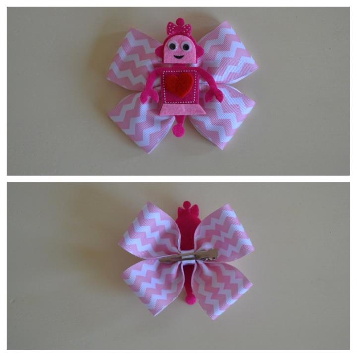 Pink chevron robot bow valentines