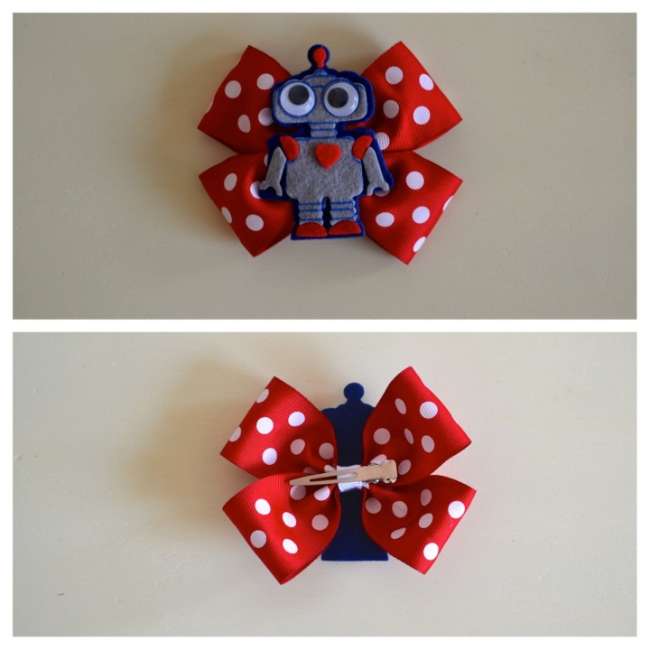 red polkadot robot valentine